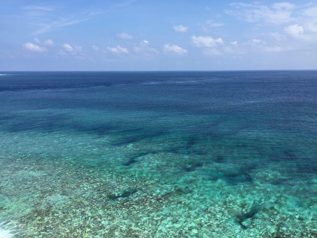 東平安名崎の海4