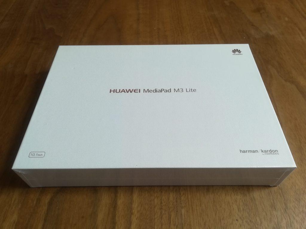 MediaPad M3 Lite 10の箱の表