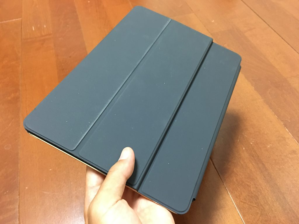 Apple 10.5インチiPad Pro用 スマートキーボード10