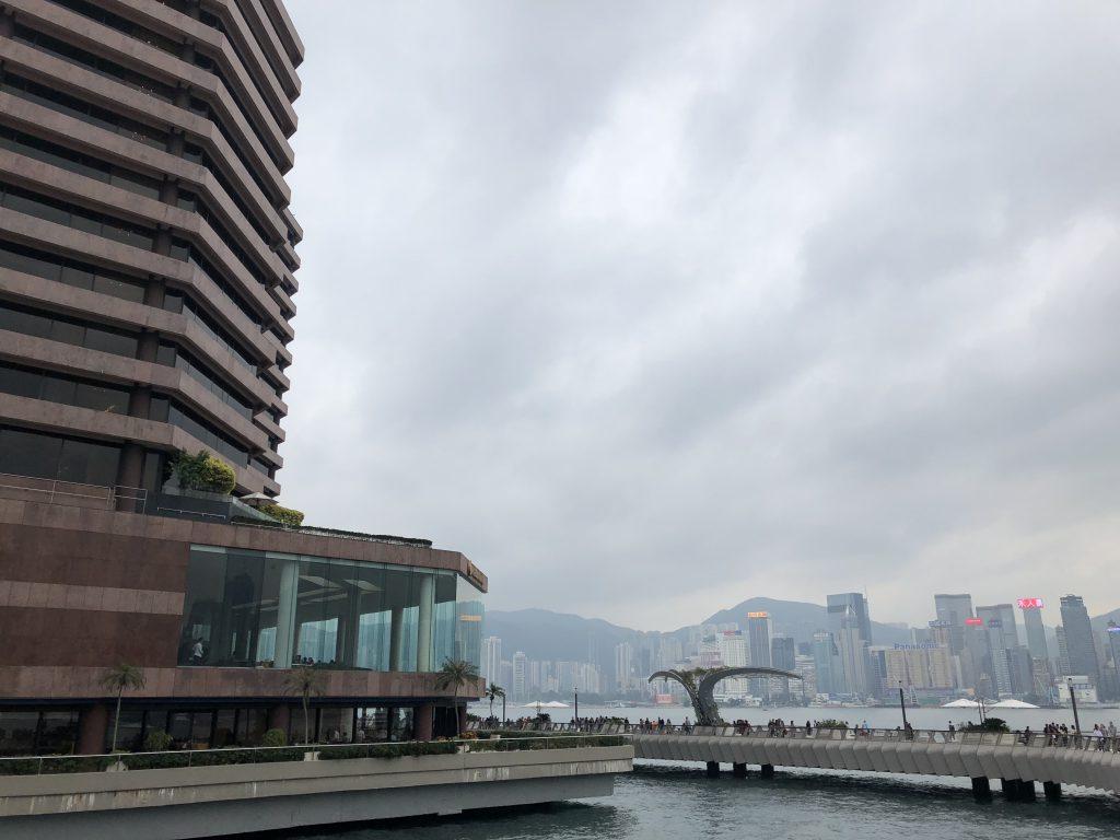 インターコンチネンタル香港を側面から