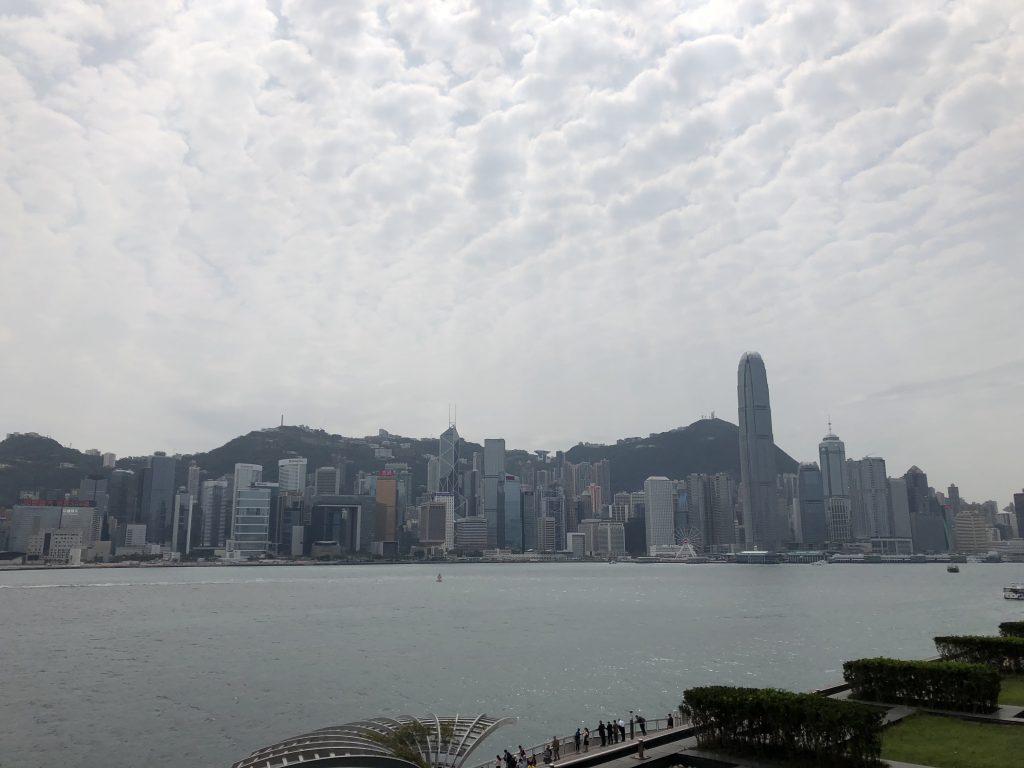 インターコンチネンタル香港のバルコニーからの眺め