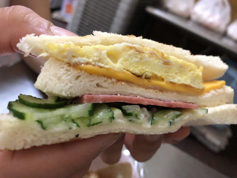 高雄旅行記6日間の5~6日目【2019年5月】の大ㄎㄡ胖碳烤三明治のサンドイッチ2