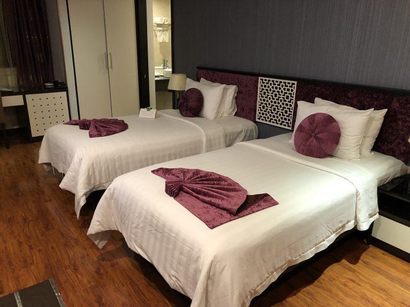 ゴールデンサンスイーツホテル(Golden Sun Suites Hotel)の室内