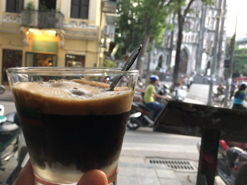 ベトナムのハノイ旅行記4日間の3〜4日目【2019年6月】の聖ヨセフ大聖堂近くのカフェ