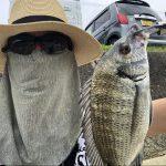 奄美で釣りをする人