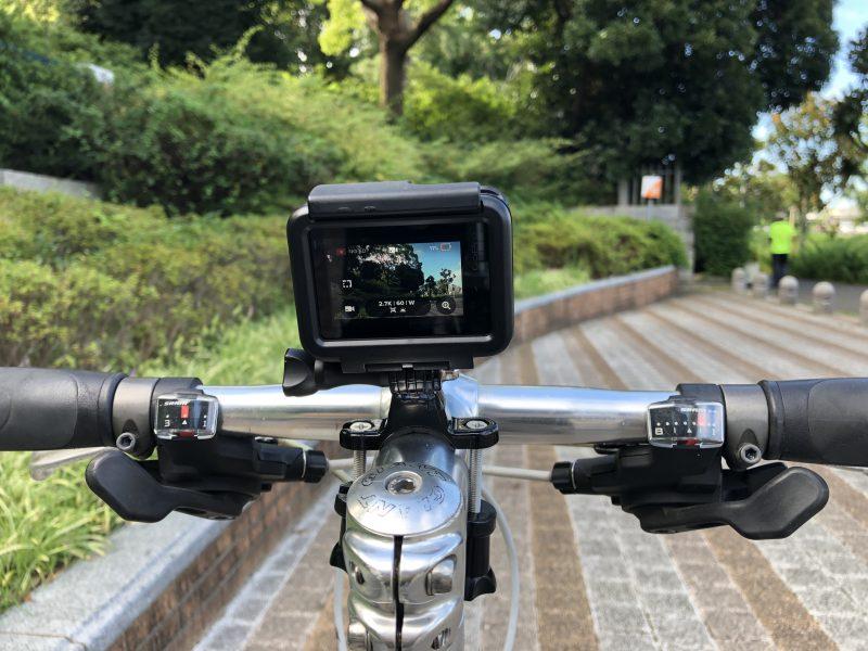GoPro7を自転車(クロスバイク)に装着してみたところを真正面から